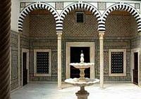 Столица Туниса-Тунис